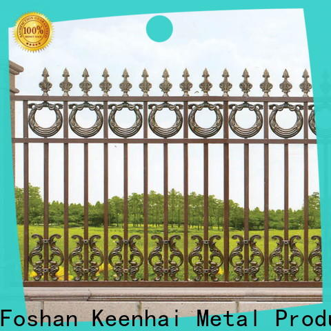 low production cost yard fencing panel for decoration