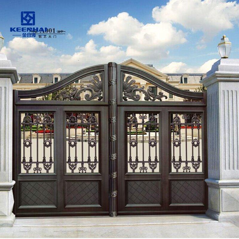 Aluminum courtyard gate